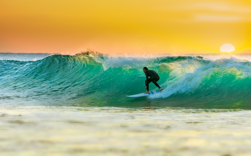 It's never too late to learn to surf - take lessons in the Gold Coast!