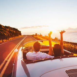 How to compile the ultimate road trip playlist